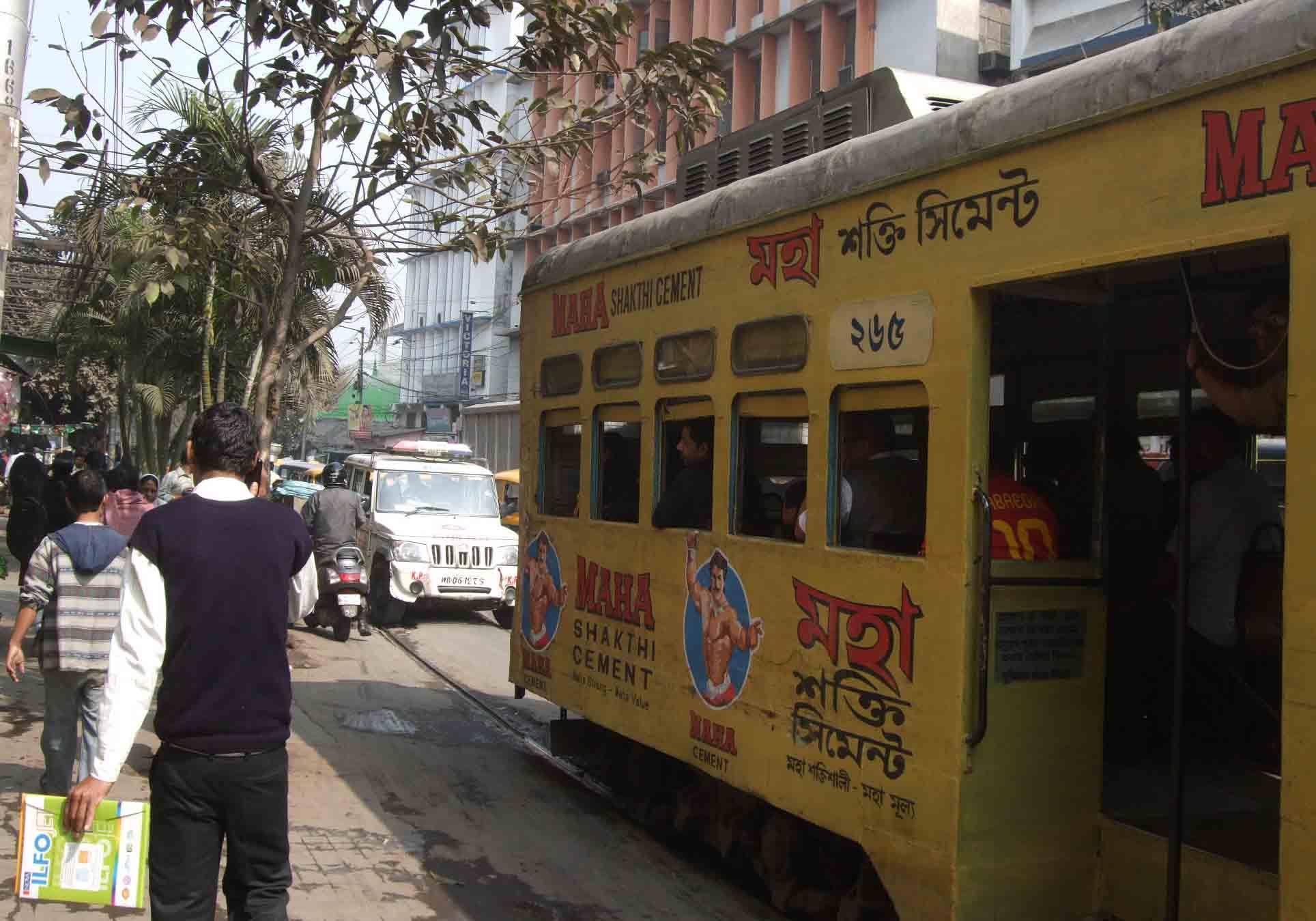 Trambahn Nr. 235 in Kalkutta ©2015 B.Knab