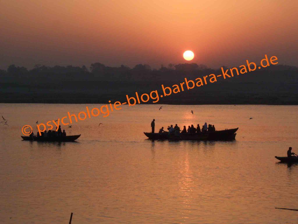 Aufstehen mit der Sonne - Varanasi/UP Indien
